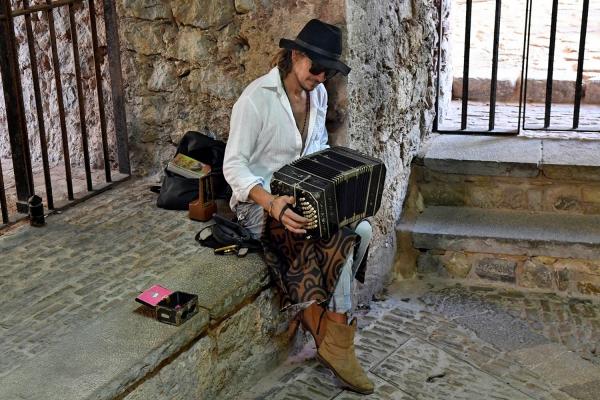 Looktrope Espagne Ibiza Citadelle Musicien